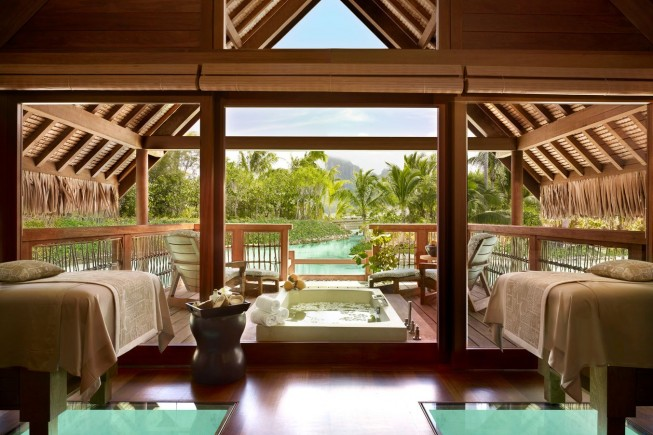 A sanctuary in the lagoon. Polynesia, here is the most booked hotels in the world