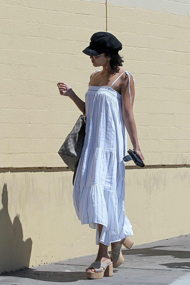 4adcbffc02c Vanessa Hudgens and the unexpected accessory to beat the heat