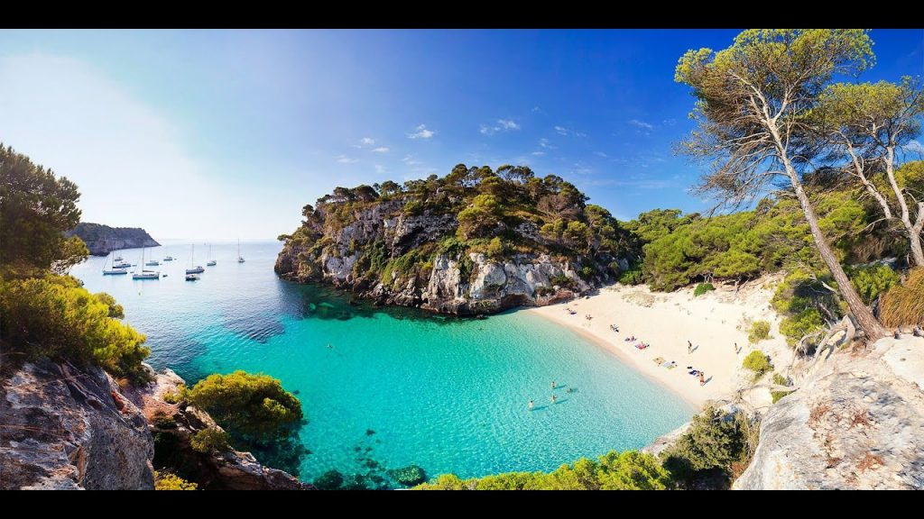 Holidays in Menorca: 10 basic questions & 10 essential answers