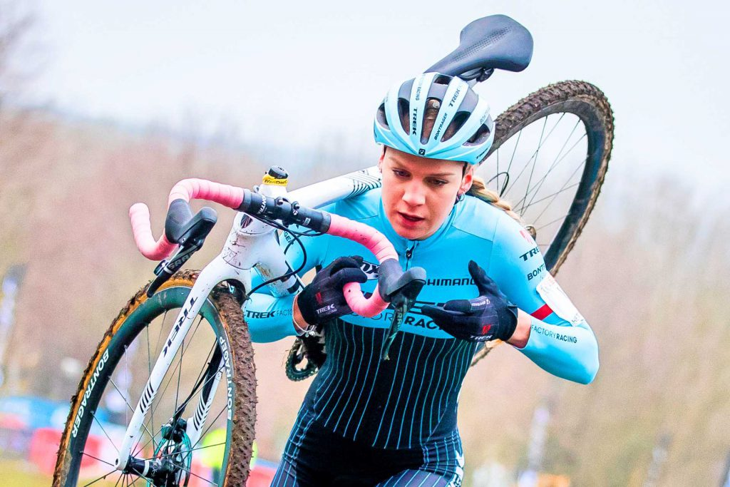 Evie Richards the pink talent of the mtb signs with the Trek Factory Racing XC Team